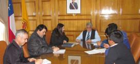 Alcalde de Traiguén Luis Álvarez se reúne con Profesional de Aguas Araucanía y Presidente APR Contreras para ver ampliación de Proyecto